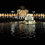 Das beleuchtete Kurhaus Wiesbaden beim Ball des Weines 2012