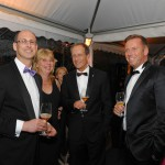 Gäste in der Zigarrenlounge am Abend des Ball des Weines 2013