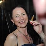 Gast beim Ball des Weines 2014 in der Zigarrenlounge
