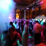 Gäste beim Feiern des Ball des Weines 2014