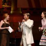 Sänger mit der Moderatorin beim Ball des Weines 2013