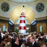 Tolle Atmosphere in der Empfangshalle beim Ball des Weines 2012