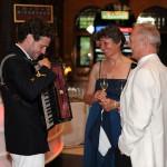 Der Akkordeonspieler beim Ball des Weines 2012