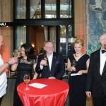 Gäste beim Empfang des Ball des Weines 2015
